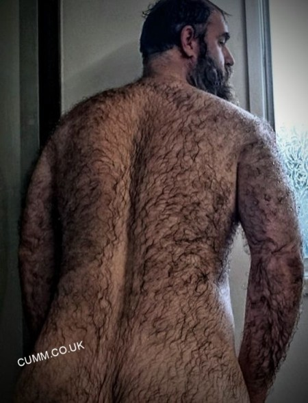 HAIRY BACK DADDY