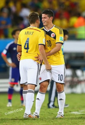 football-imtimacy-with-JAMES-RODRIGUEZ