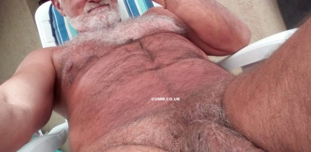 over-50-silver-daddies-nude
