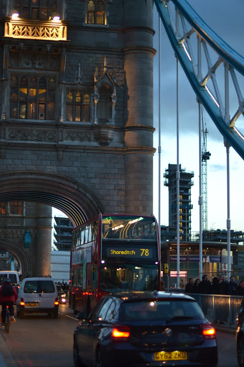 onder de londen bridge door