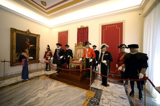 A Tourists Visit For The First Time Pontiffs Gallery At Pope S Summer Residence Of