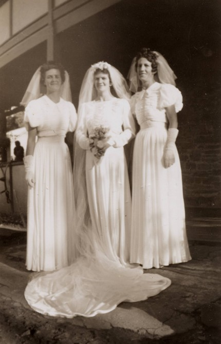 Evelyn Hannaford (nee Randell) with two of her bridemaids