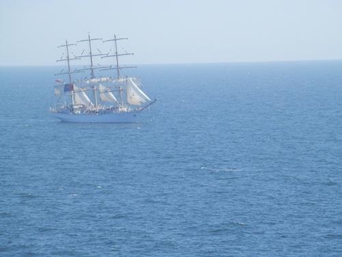 3 masted ship