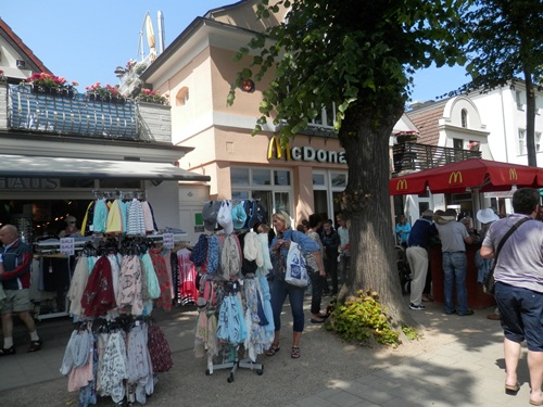 shopping in Warnemünde