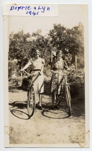 Dorrie & Lyn Randell, 1941