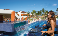 Breathless Punta Cana Resort & Spa - Activities - Party during the daytime at Freestyle Swim & Entertainment Zone