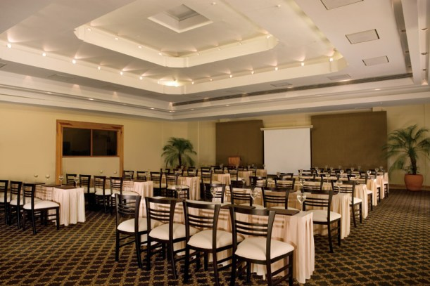 Dreams Huatulco Resort & Spa - Weddings - The meeting room at Dreams Huatulco, perfect for large or small business, incentive or group events