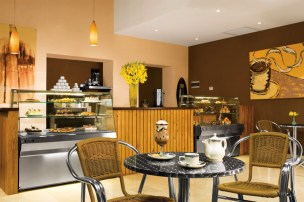 Dreams Palm Beach Punta Cana - Restaurants & Bars - Stop by the Coco Cafe for a coffee drink or fresh gourmet pastry