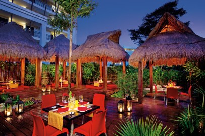 Dreams Riviera Cancun Resort & Spa - Restaurants & Bars - Himitsu Terrace