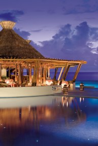 Dreams Riviera Cancun Resort & Spa - Restaurants & Bars - Seaside Grill