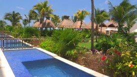 Dreams Riviera Cancun Resort & Spa - Grounds - Swimouts