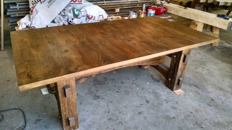 Timber Frame Furniture: Table
