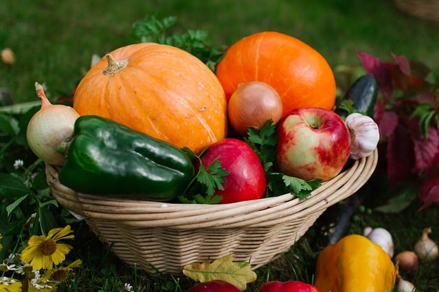 Eating in season is essential for eating in an environmentally friendly way.