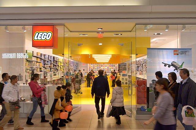 Lego Store Opens In Smith Haven Mall Longisland Com