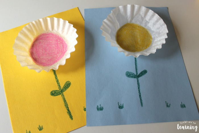 Easy Coffee Filter Flower Craft   Look  We re Learning  Simple Coffee Filter Flower Craft for Kids