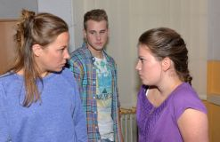 GZSZ: Jonas und das Mieze-Mobbing