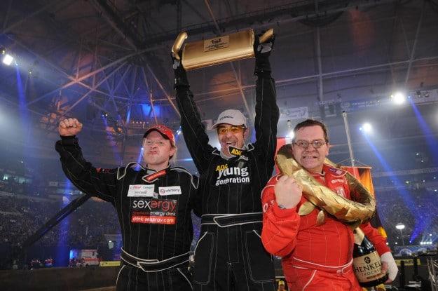 """""""Die große TV total Stock Car Challenge 2009"""": Formel 1-Fahrer Adrian Sutil, Axel Stein und Christian Clerici siegen - TV News"""