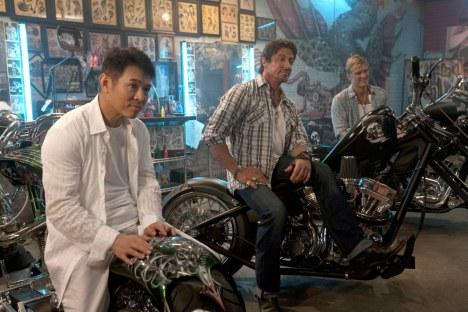 The Expendables: Trailer und Bilder von Statham, Sly und Li - Kino