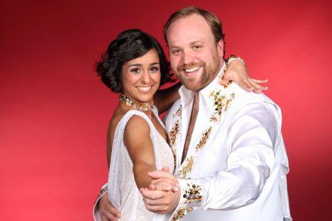 """Schauspieler Moritz A. Sachs (32), der Klausi Beimer aus der """"Lindenstraße"""", tanzt mit der Profitänzerin Melissa Ortiz-Gomez"""