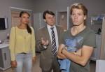 Gerner (Wolfgang Bahro, Mi.) ist fassungslos, als er erfährt, dass sein Sohn Drogen nimmt und will von Dominik (Raul Richter) wissen, ob und warum er süchtig ist.