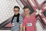 """X Factor 2011: """"BenMan"""" Benjamin und Manuel Frei performen schlecht und singen gut - TV News"""