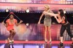 Das Supertalent 2011: Aneta Florczyk lässt sich von Motsi vorführen