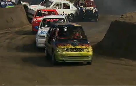 "So startete die ""TV Total Stock Car Crash Challenge 2011"" - TV News"