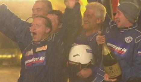 """Joey Kelly und Manni Ludolf gewinnen das Rodeo bei der """"TV Total Stock Car Crash Challenge 2011"""" - TV News"""