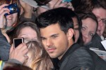 "Taylor Lautner - ""The Twilight Saga: Breaking Dawn Part 1"" (""Breaking Dawn - Biss Zum Ender Der Nacht"") Berlin Premiere"