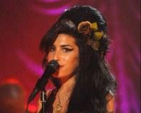 Posthumes Amy-Winehouse-Album erobert britische Charts