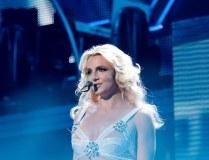 Britney Spears schenkt ihrem Freund ein Motorrad
