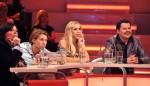 Der große deutsche IQ-Test 2012 by RTL II mit Annemarie Eilfeld und Raúl Richter - TV