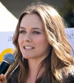 Alicia Silverstone startet vegane Kosmetiklinie - Promi Klatsch und Tratsch