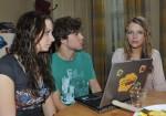 Tanja (Senta-Sofia Delliponti, li.), Zac (Jascha Rust) und Lilly (Iris Mareike Steen)