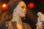 Rihanna vernachlässigt Freunde!