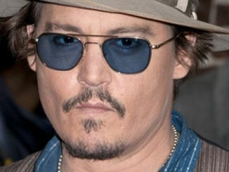 """Johnny Depp - """"Late Show with David Letterman"""" - October 26, 2011 thumb"""