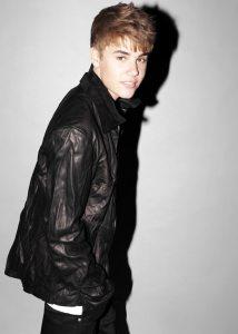 Justin Bieber begeht Modesünde! - Promi Klatsch und Tratsch
