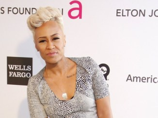 "Emeli Sandé entschuldigt sich für ""Do They Know It's Christmas?"" - Musik News"