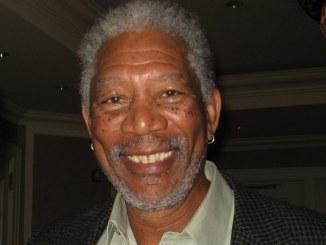 Morgan Freeman schläft während Live-Interview ein - Promi Klatsch und Tratsch