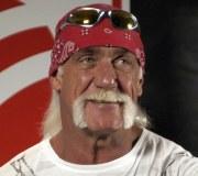Hulk Hogan verliert Armdrücken gegen Torontos Bürgermeister