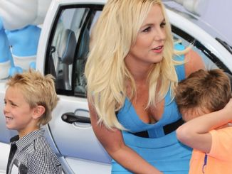 "Britney Spears, Sean Federline and Jayden James Federline - ""The Smurfs 2"" Los Angeles Premiere"