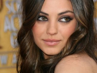 Mila Kunis - 17th Annual Screen Actors Guild Awards - Arrivals