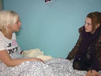 Berlin Tag und Nacht: Hanna weint sich bei Peggy aus! Muss Sandy gehen? - TV News