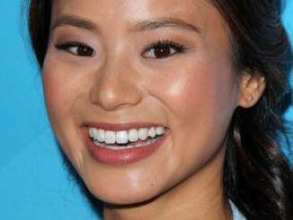 Jamie Chung: Große Party oder intimer Moment? - Promi Klatsch und Tratsch