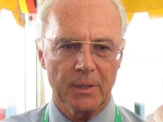 """Lahm-Rücktritt kommt für Beckenbauer """"viel zu früh"""" - Promi Klatsch und Tratsch"""