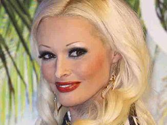 Daniela Katzenberger auf der Beauty Messe Duesseldorf