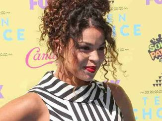 Jordin Sparks - Teen Choice Awards 2015