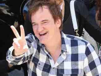 Quentin Tarantino bekommt Marihuana geschenkt - Promi Klatsch und Tratsch