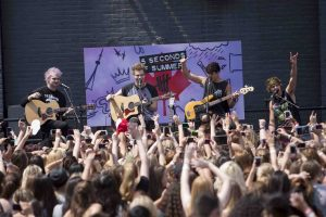 """5 Seconds of Summer"": Stolz auf Charterfolge - Musik"