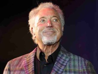 Tom Jones - V Festival 2015 - Day 1 - Weston Park
